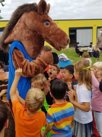 ISR International School on the Rhine Neuss Düsseldorf Meerbusch_Summer BBQ 2021 01